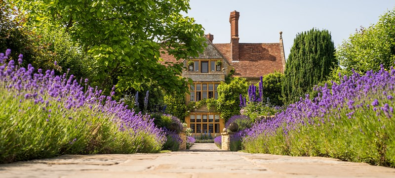 Photo of Belmond Le Manoir aux Quat'Saisons.