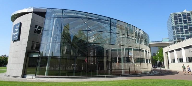 Photo of the Van Gogh Museum.