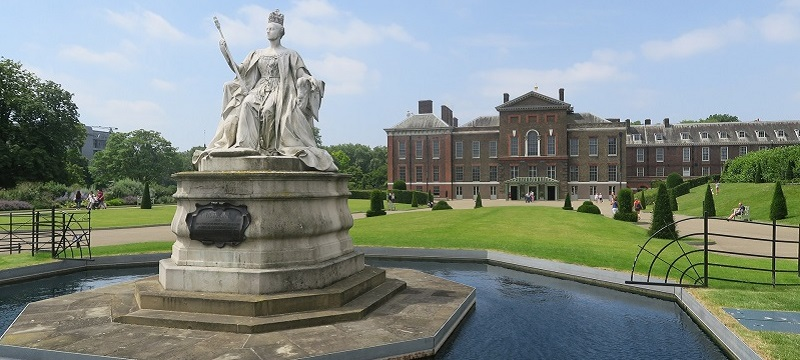Photo of Kensington Palace.