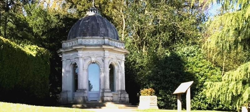 Photo of Dunorlan Park.