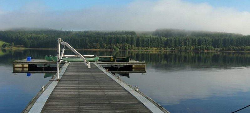 Photo of the lake and forest at Calvert Trust Kielder.