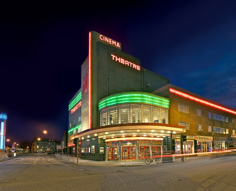 Photo of Stephen Joseph Theatre at night time.
