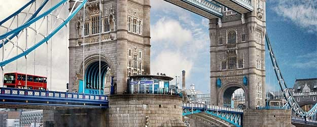 Photo of the Tower Bridge.