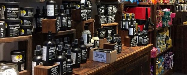 Photo of shop shelves.