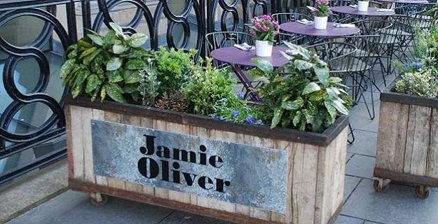 Photo of Jamie Oliver restaurant.