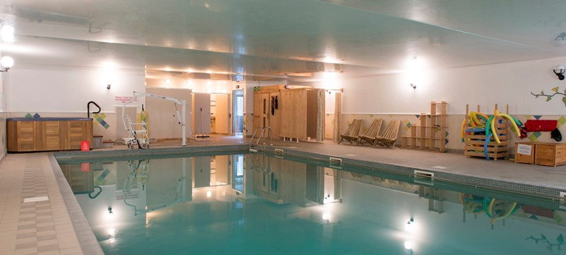 Swimming Pool Bank : English hotels disabled access euan s guide
