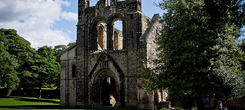 Photo of Kirkstall Abbey.